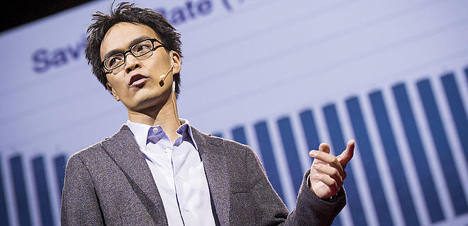 Keith Chen lenguaje idioma ahorrar dinero